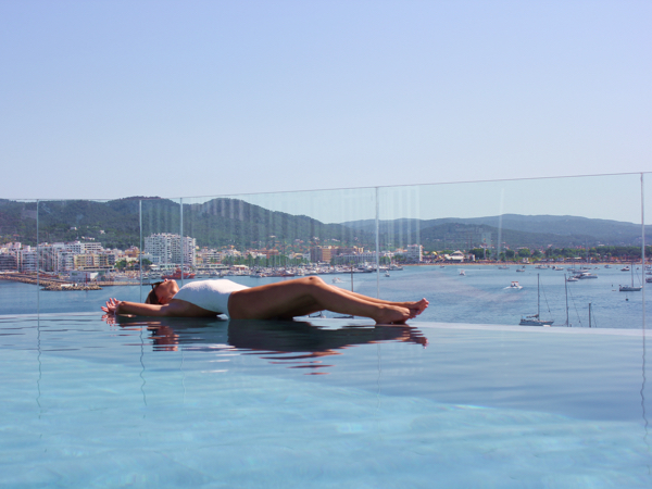 CP-Ibiza-Pooltime-1