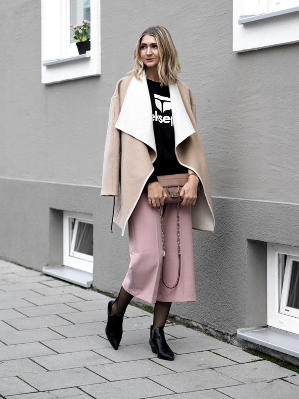 Streetstyle Statement Sweater
